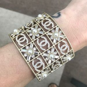 Gold/ strass/ crystal/ pearl cc cuff bracelet